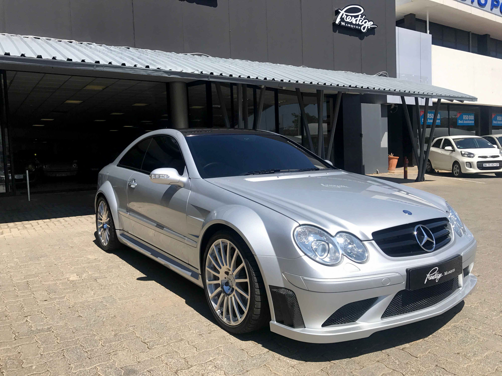 Prestige marques mercedes benz clk63 amg black series for Mercedes benz prestige