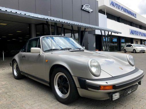 Porsche 911 Targa SC