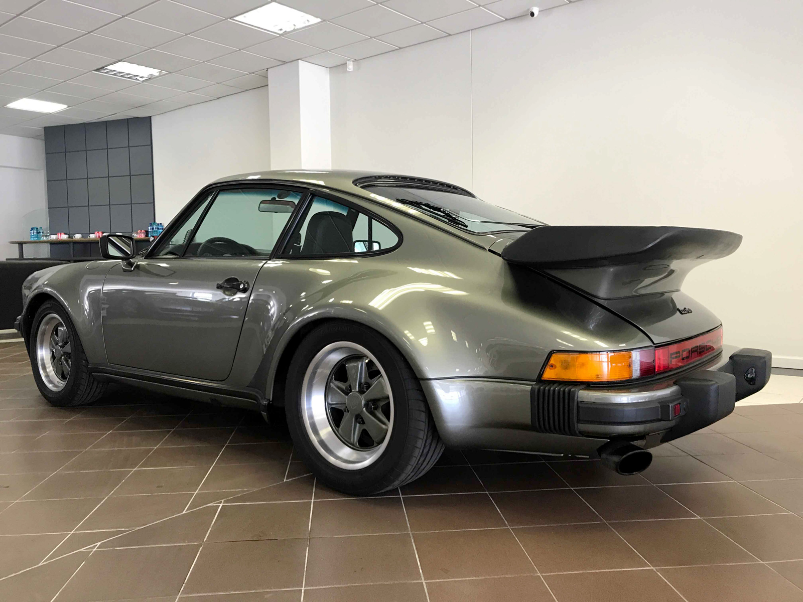 Porsche 930 Turbo Prestige Marques